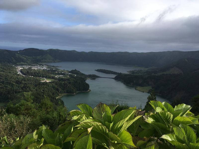 Wandern Sie mit Vera Lux  & ASI auf den Azoren