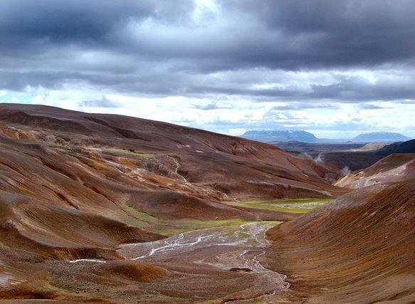 Durch Island mit Chamäleon