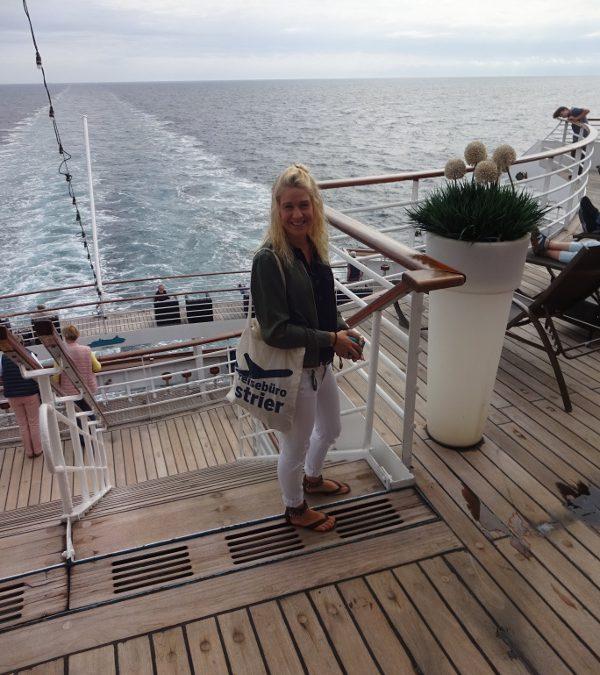 Steffi an Bord der MS Artania